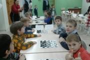 3-4 декабря воспитанники МБДОУ участвовали в командном первенстве по шашкам среди детских садов Центрального района