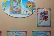 Выставка рисунков ''Рисование мыльными пузырями''